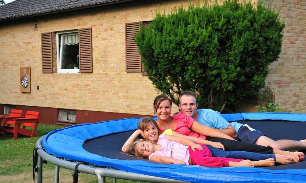 Best Trampoline of 2018 Complete Reviews with Comparisons